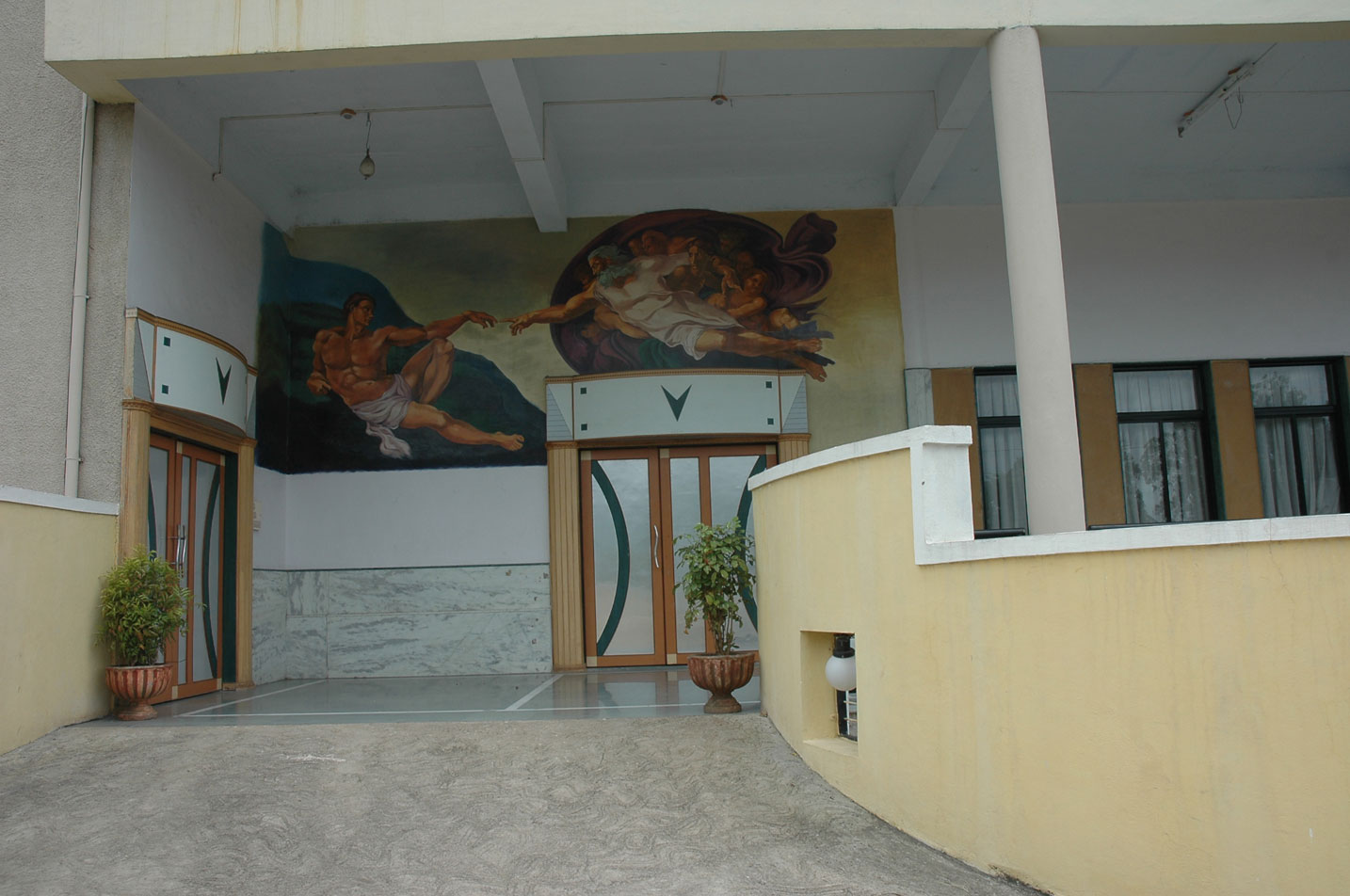nkvs-mini-theater-and-junior-college-4